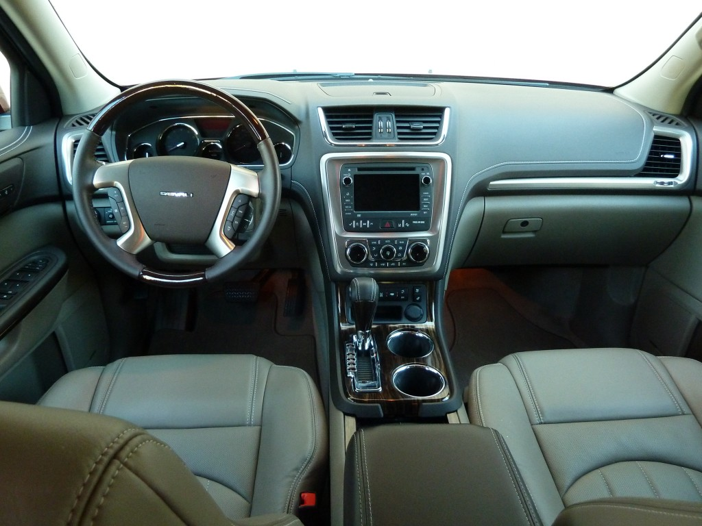 Acadia Denali cabin is nicely detailed and well laid out