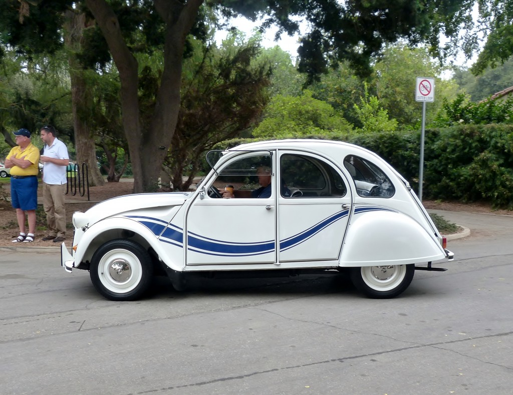 Cute never goes out of style, like this always crowd-popular Citroen 2CV