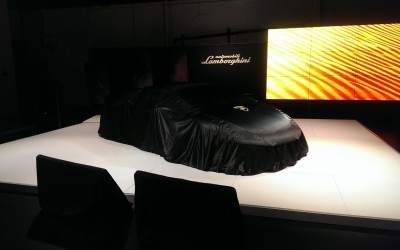 REVEALED IN L.A.: Lamborghini's newest rocket sled, the Huracan LP580-2