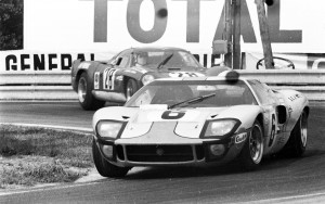 24 Hours of LeMans, France, 1969. Jacky Ickx/Jackie Oliver in their winning Gulf GT40 car. CD#CC0828A12A203-56