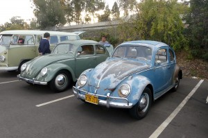 Check out these contrasting VW Beetles.