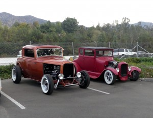 Lots of cool traditional rods show up at this event every week. And so do I.