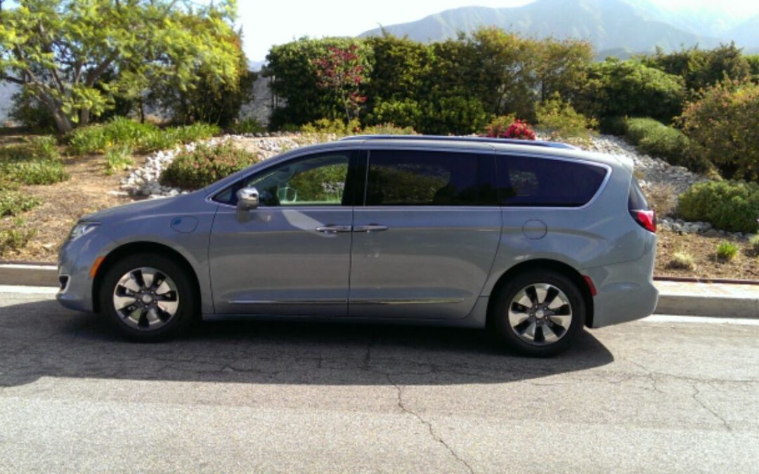 DRIVEN: 2017 Chrysler Pacifica Hybrid Limited