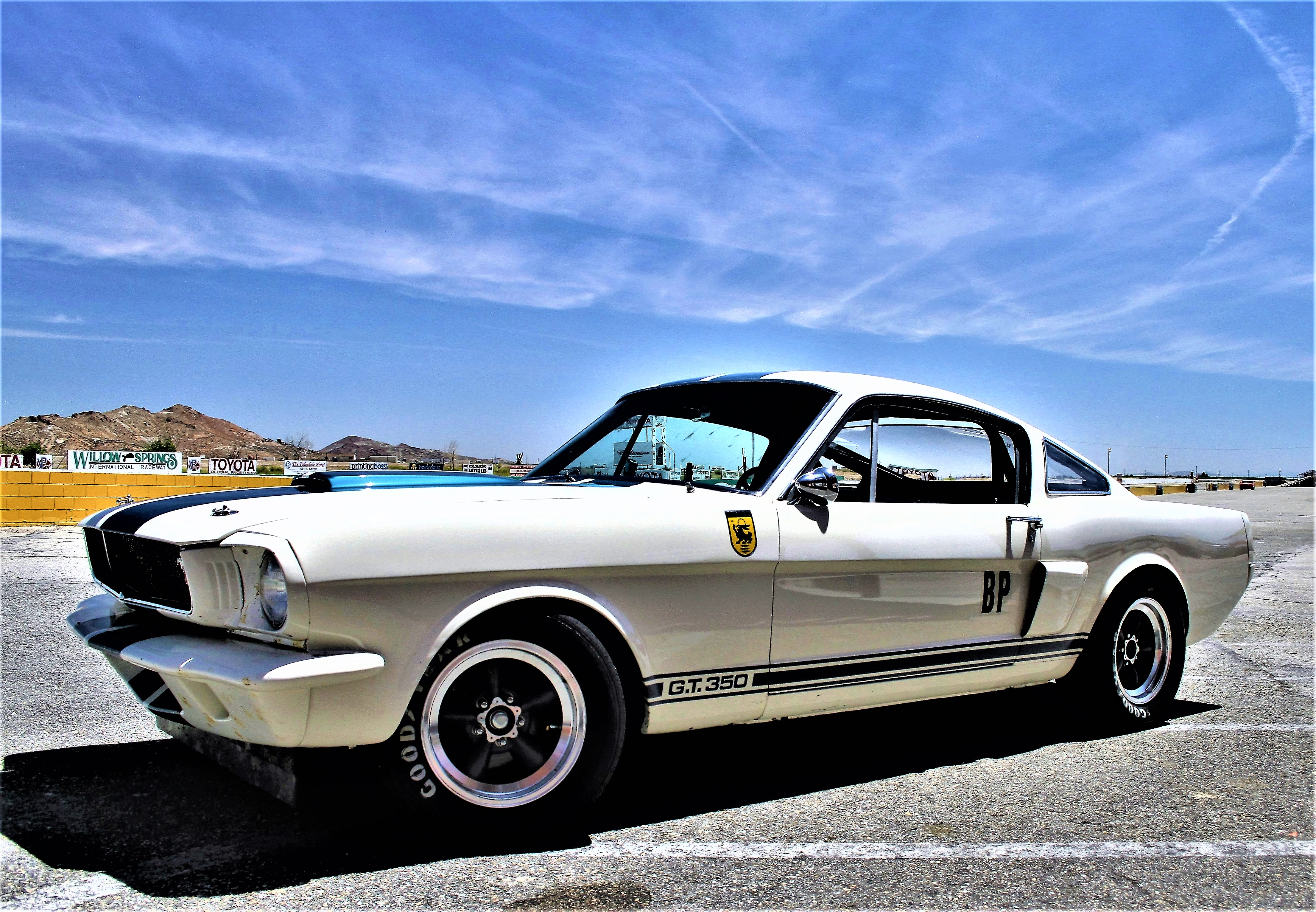 Shelby American\'s Original Venice Crew Builds 36 new GT350Rs ...