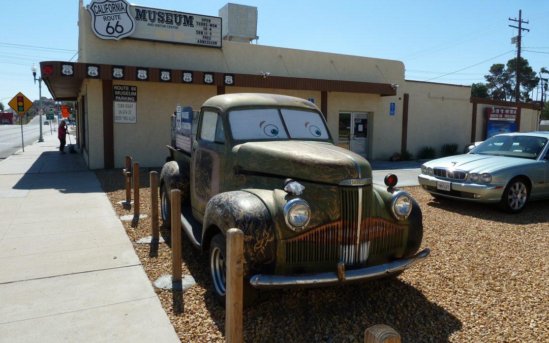Jaguar Owner's Club Visits the Route 66 Museum