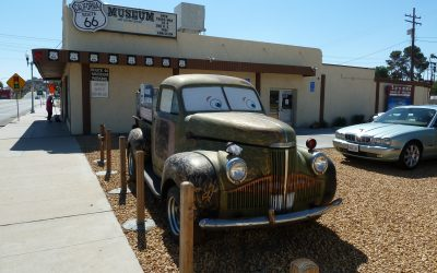 Jaguar Owner's Club Visits the Route 66 Museum