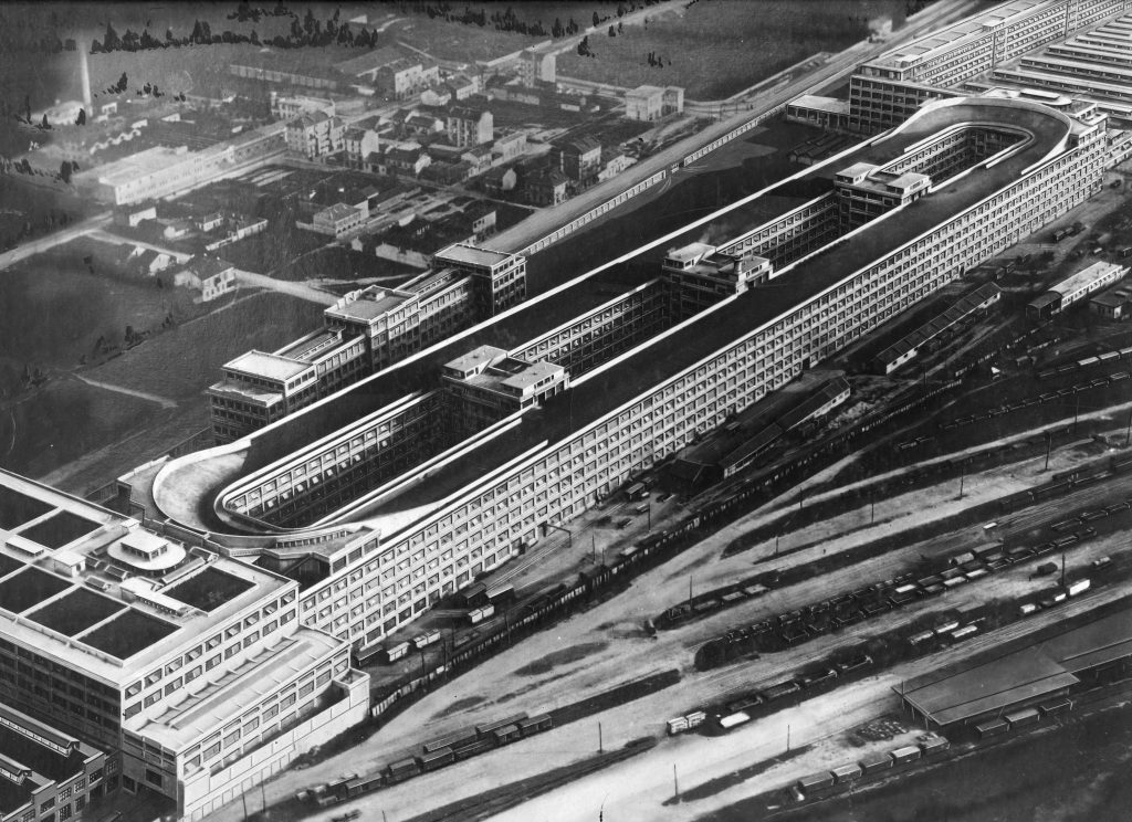 Fiat Lingotto A Car Factory With A Race Track On Its Roof