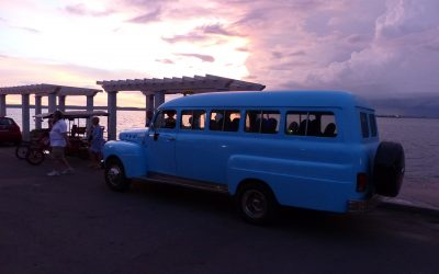 OLD FORDS IN CUBA LIVE A LIFE AS TOUR TAXIS & EVERYDAY DRIVERS